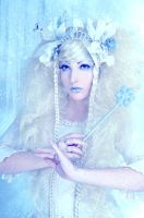 Dame des Glaces - Ice Queen by SelanaRiver