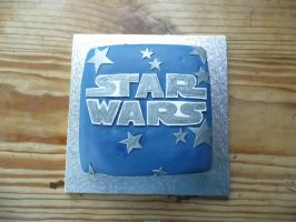 Star Wars logo cake by KaelenDarkheart