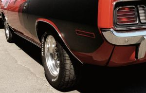 Plymouth Cuda 71 by Erzaix