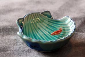 Japanese Sea Shell Blue Green Bowl with Gold Red K by spaceraptor