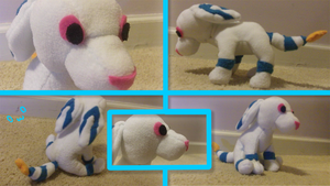 Plushie Commission Example: Ice Plushie by Ice-Artz