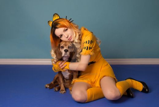 Garfield and Odie Cosplay by cosplaykittykat