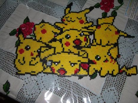 Pile of Pikachu by ericgant