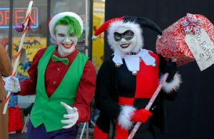 Harley Quinn and the Joker ready for Christmas by Lady-Ha-ha