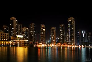 Dubai at Night II by yongle