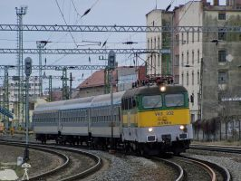 V43 332 in Szombathely on 2010 by morpheus880223