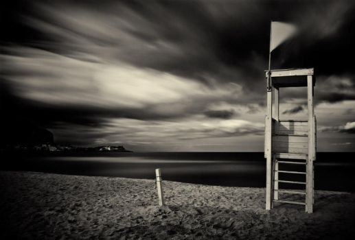 Waiting for summer by AntonioAndrosiglio