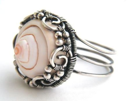 silver shell ring by annie-jewelry