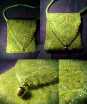 Little felted bag by Neyrelle