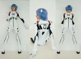 Rei Ayanami Cosplay: 3 Reis by MaryjaneDesignStudio