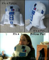 R2D2 Pillow Pet by liongoalkeeper