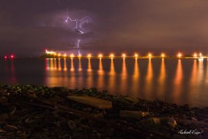 Nobby's Lightshow by robertvine