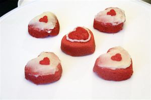 Pieces of Heart + Heart Container Mini Cakes by Cassandrina