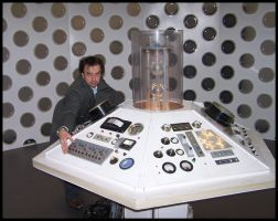 Time War '09: TARDIS console by Tardis999
