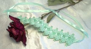Green Double Diamond Choker by NevaSirenda