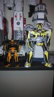 tf4 bumblebee papercraft size comparison by Lilscotty