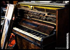 old piano by superiwan