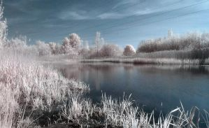 Waters Edge by wreck-photography