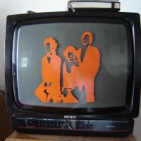 Yeah Yeah Yeahs tv Set by OrigamiSuicida
