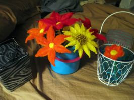 Pipecleaner flowers! by DarkSaberCat