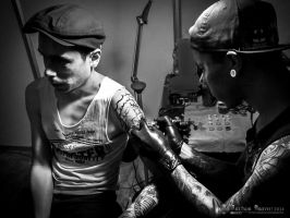 Tatooing by abravewolf