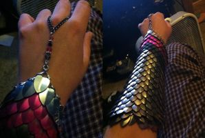 Scalemail: Gauntlet by NikidaEve