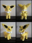 Jolteon Eeveelution Plushie by Zeldounette