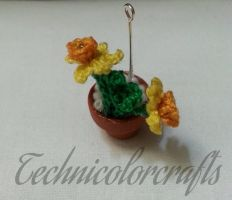 Crochet Daffodil Necklace by technicolorcrafts