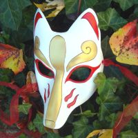 White and Gold Kitsune Mask by merimask