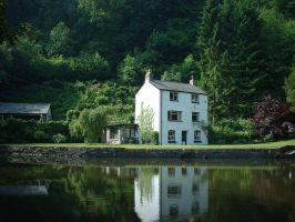 Cottage by the river by Ren182