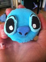 stitch macraoon (front) by bluebubblepop