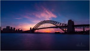 Photogenic Harbour Bridge by jaybrar