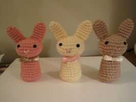 Neapolitan Bunnies by Lechau