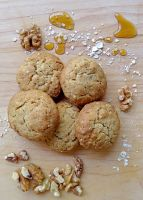 Walnut and Maple Oat Cookies by Dagger-13