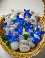 Mini Totoro Plushies by Fyuvix
