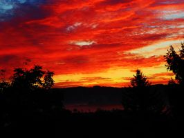 fire sunrise 2 (retouched) by Jemura42
