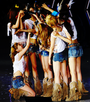 SNSD Microphone Moment - SG Concert Edit by nicella23