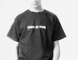 emo is evil id by K0M0X