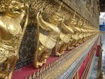 Golden Statues by FabreNotil