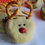 12 Days of Christmas :: 11 Rudolph Cookies by cakecrumbs