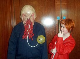 Cardiff Expo 2012 - Me and an Ood by cookiepianos