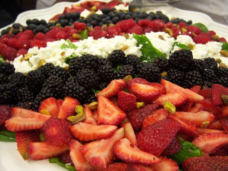 Mixed Berry Salad by Sophizo