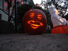 Alfred-o'-Lantern Lit Up by watermelemon