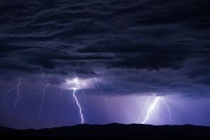 Lightning by konstantingl