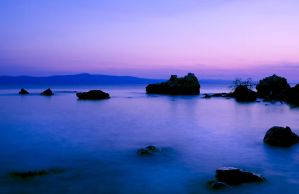 The coast by night by hofhauser