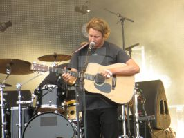 Ben Howard at the Pinkpop festival by pietjedederde