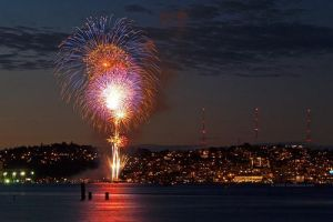 Seattle Fireworks by thoughtless4ever