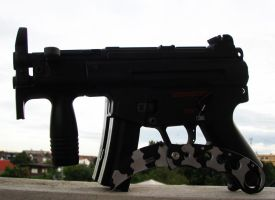 HK MP5K with Dual Mag by sudro