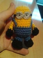 Little minion amigurumi (with pattern) by crocheter
