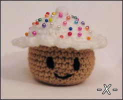 Cupcake Pincushion Crochet by EssHaych